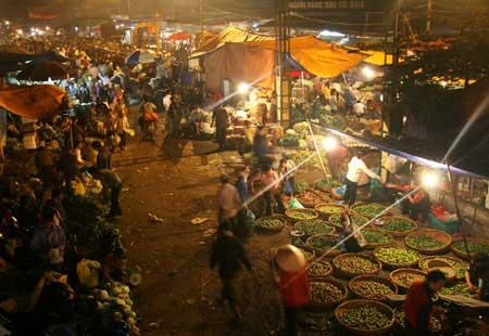 Market madness in Ha Noi