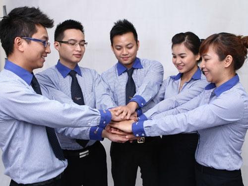 Too demanding, foreign university graduates cannot find decent jobs