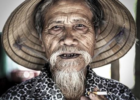 A veteran in Hue City by Sergio Díaz Fernández (Mexico).