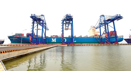 Supply chain services booming on Vietnam's logistics market opening