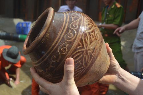 wreck, binh chau, antiques, tran dynasty, ceramic