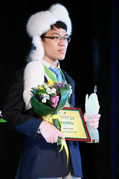 world blitz chess champion, le quang liem, spartan warrior