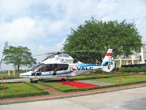 Vietnam, helicopter tours, travel firms, procedures, service fees