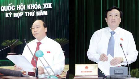Deputy PM answers questions on economic growth and restructuring