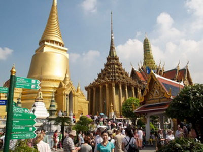 Recently, Vietnamese tourists to Thailand are on the rise, with 530,000 in 2012, ranking 13th in the list of foreign tourists in Thailand.