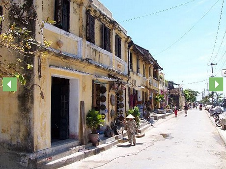 Hoi An during the day.