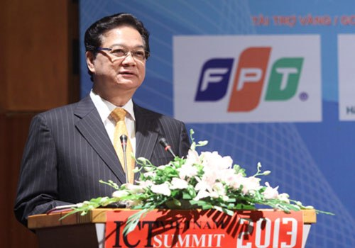 PM Nguyen Tan Dung at 2013 Vietnam ICT Summit.