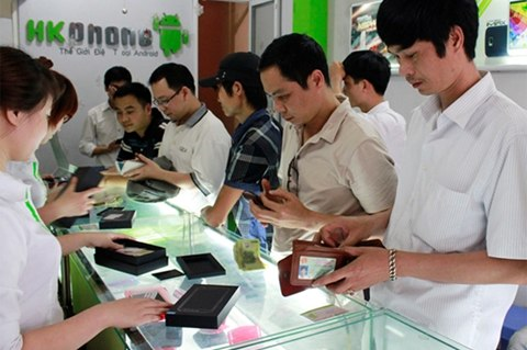 Low cost smart phones still live well amid their predicted ill fate