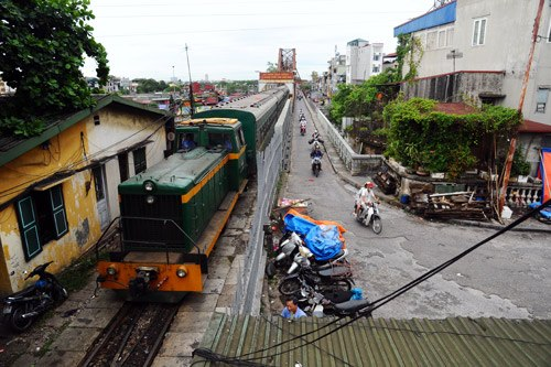 This is the destination of trains from Hai Phong, Thai Nguyen, Yen Bai and some northern provinces.