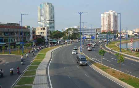 HCM City seeks $15b for road development