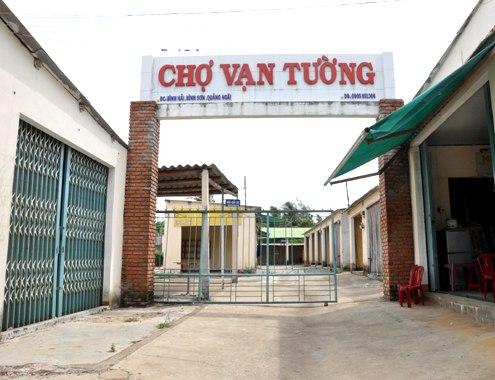 abandoned market, waste, quang ngai, van tuong