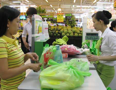 Campaign to cull nylon bags launched in Hanoi