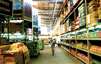 Moc Bai duty-free supermarket lonely like a chick straying from mother