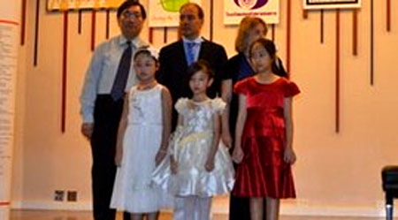 VietNamNet Bridge – A nine- year- old Vietnamese girl won the first prize in the third Mozart International Piano Competition 2013 in Bangkok, Thailand on July 25.