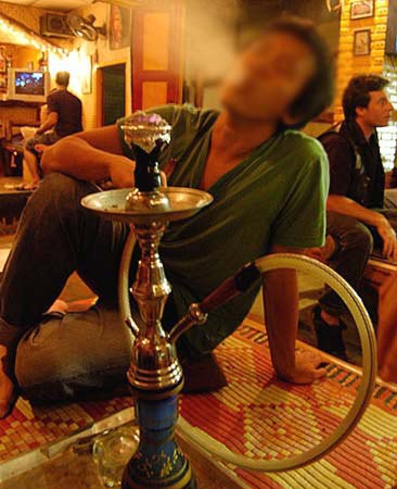sisha, smoking, ban, saigon, nicotine, addiction