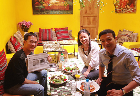 From left to right: Director Huy Moeller, writer Ngo Thi Hanh and researcher Nguyen Le Tuyen.