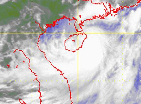 Jebi, storm, East Sea, Hai Phong