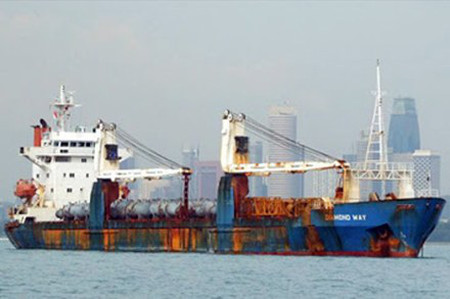 Shipping firms still cannot find the way out