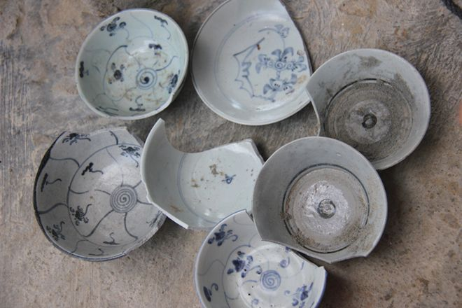 shipwreck, ancient ship, wreck, antiques, ceramic, binh chau, salvage