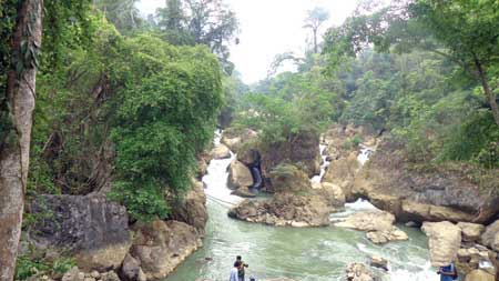 Bac Kan, tourist destinations, Dau Dang Waterfall, Cho Don ATK