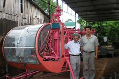 Vietnamese manufacture unmanned aircrafts, submarines, battleships
