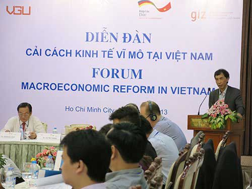 Economic experts, HCMC, foreign investors
