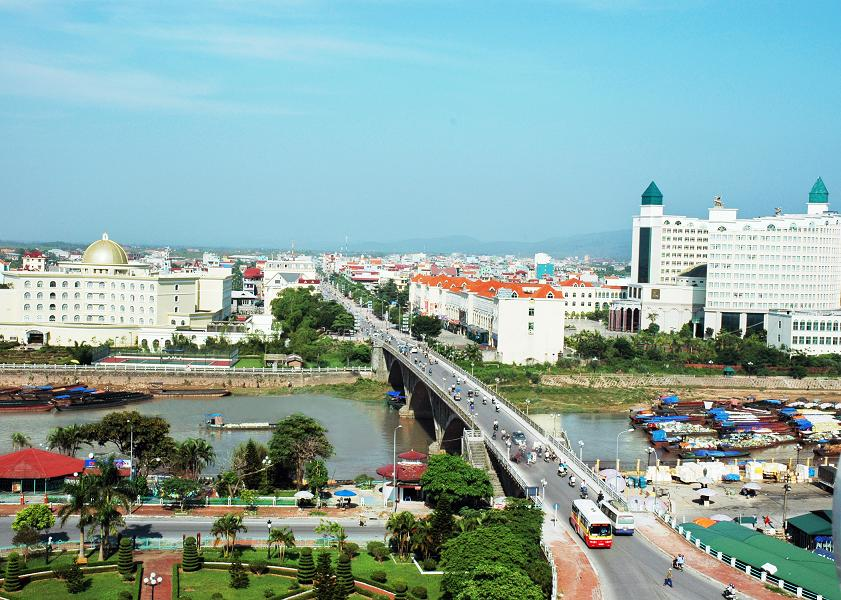 mong cai city, tra co, border gate, market, bac luan