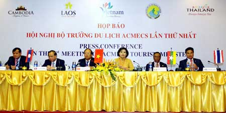 Mekong basin countries, tourism growth, ACMECS tourism cooperation, ITE HCM 2013