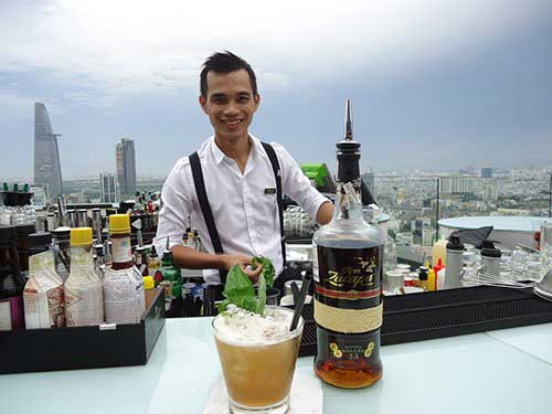 Bartender le Thanh Tung le Thanh Tung Vietnam's