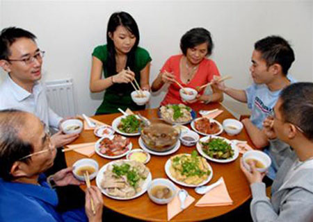 Eating, VN family meal, local traditions, traditional families