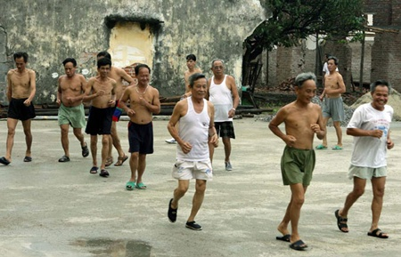 Vietnam concerned by ageing population