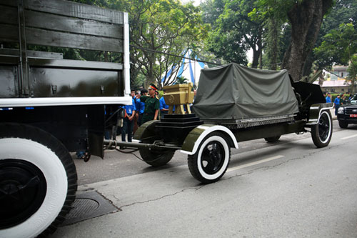 vo nguyen giap, state funeral