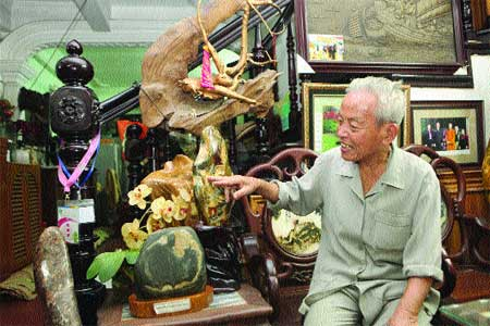 Viet Nam Gemstone Association, Vinh Ho Street, Ha Noi, collecting gemstones