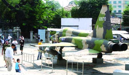 War Remnants Museum, HCM City, foreign visitors, 3D museum