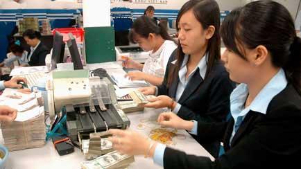 Vietnam, WB, global economic difficulties, guest worker