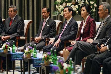 October diplomacy in spotlight