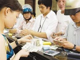 Vietnam cbank tightens foreign currency trading rules to curb dollarization