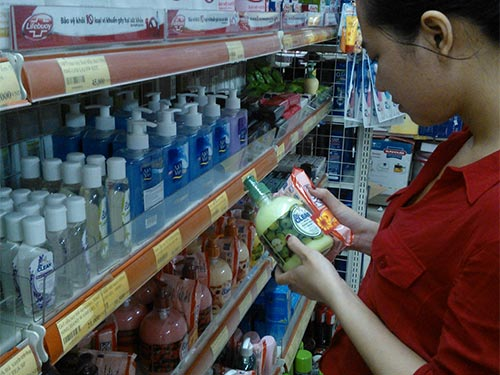 New trend in Vietnam: domestic products bear foreign brands
