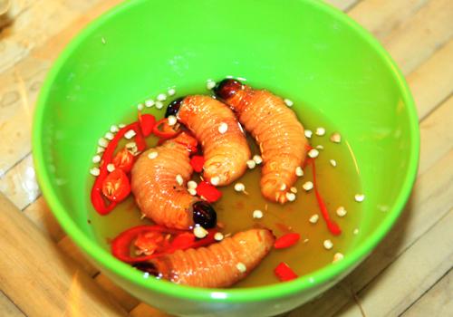 Coconut worms, ben tre, specialties, cuisines