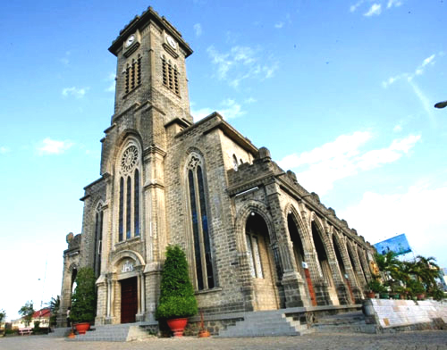 stone church, nha trang