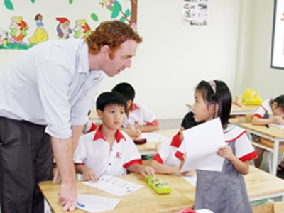 international schools, students, parents,Vietnamese culture