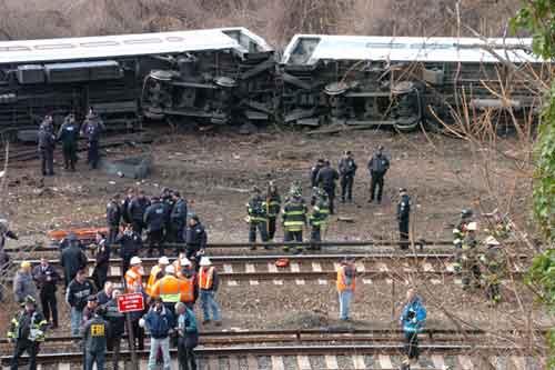 At least 4 dead, 67 injured in New York train derailment