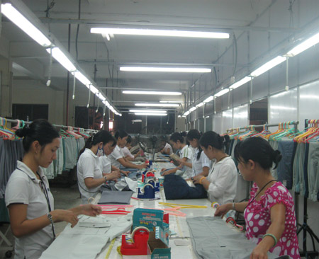 Long 9-day Tet holiday makes businesses worried stiff