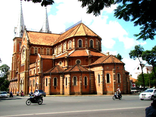 Five churches for Christmas in Saigon