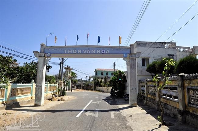 phu quy island, fishermen, fish market, fishing boats