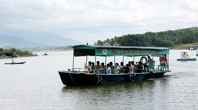 nui coc lake, ho nui coc, thai nguyen