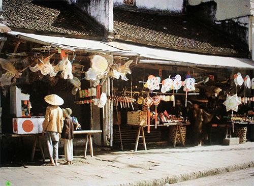 hanoi, first color photos, leon busy, french photographer
