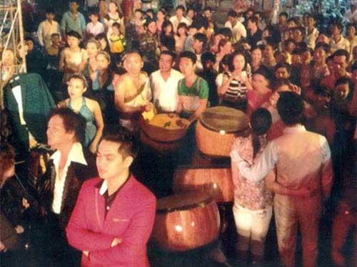 Vietnamese artists, Cambodia, singers, comedians