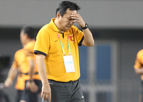 Coach Hoang Van Phuc wants to resign