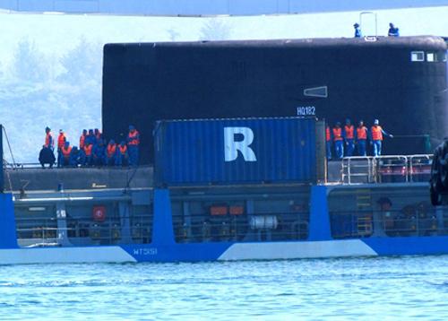 hanoi submarine, cam ranh port